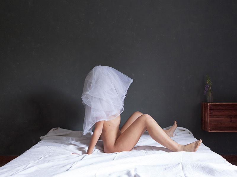 SILVIA BIGI L'albero del latte A cura di Francesca Lazzarini Alla Fondazione Dino Zoli (Viale Bologna, 288), dal prossimo 24 febbraio, si terrà una mostra che esplorerà il tema dell'identità di genere, sollevando riflessioni sul ruolo della donna nella società contemporanea. In esposizione, le opere della giovane artista ravennate Silvia Bigi, formatasi al DAMS di […]